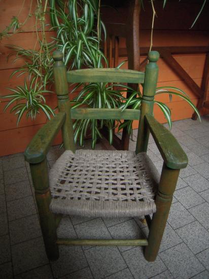 fauteuil-enfant-ficelle-chanvre.jpg